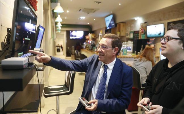 Ciudadanos critica el desembarco de ministros: «Solo vienen a captar votos»