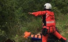 Rescatan a una mujer herida mientras realizaba una ruta en Cabrales