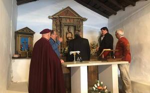 El barrio cangués de Santiso celebra el milenario de su capilla