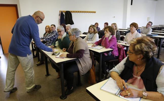 La Universidad busca una sede más céntrica para las clases para mayores