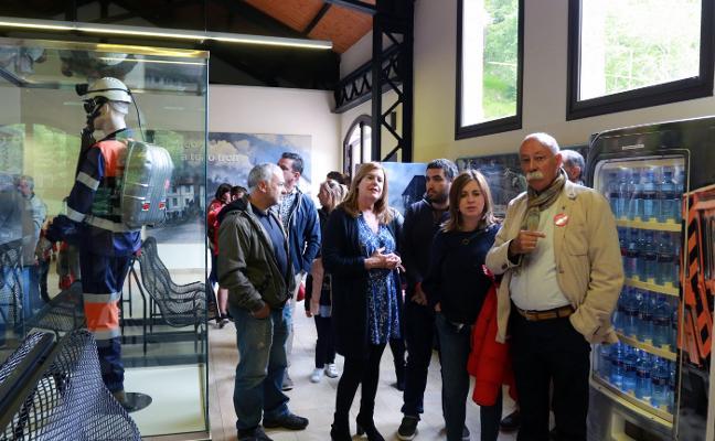 El PSOE langreano apuesta por un bono cultural de bajo coste