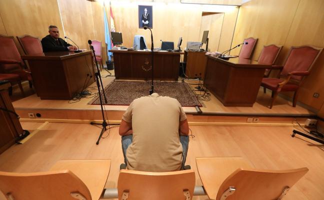 Condenado a cinco años y medio de cárcel por tres robos y conducir sin carné