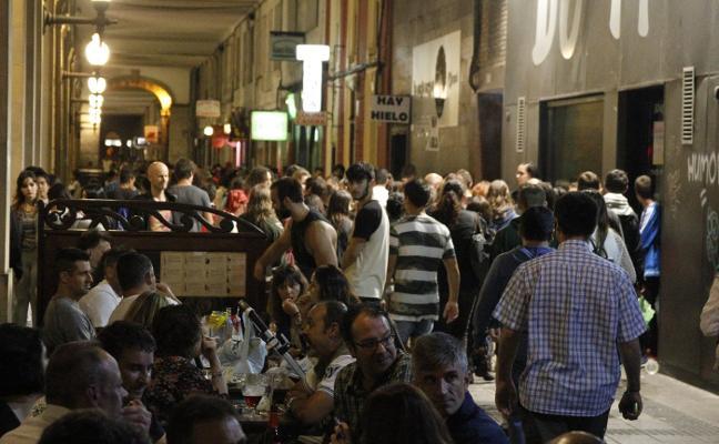 Los hosteleros dicen que ya controlan la venta de alcohol a clientes ebrios