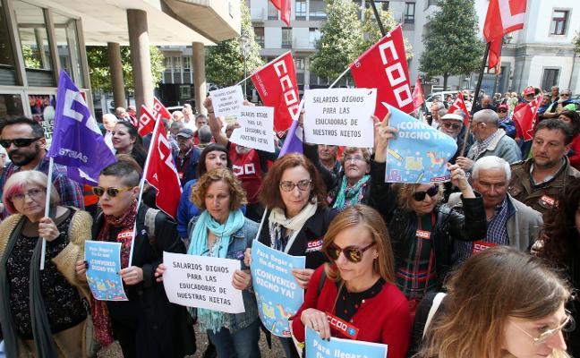 CC OO rechaza un convenio que «reduce el salario de las trabajadoras de guarderías»