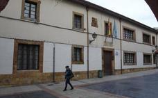 Cabero Edificaciones reparará la cubierta de la Escuela de Adultos de El Fontán por 376.526 euros