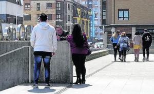 La pareja acusada de abusar de sus dos sobrinos en Gijón achaca la denuncia «a una venganza»