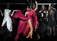 Glamour, espectáculo y solidaridad se dan cita en Cannes