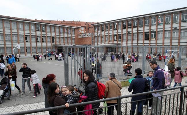 El Consistorio gestionará los comedores escolares de La Corredoria y Las Campas
