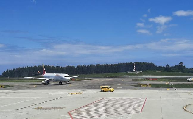 Un aterrizaje de emergencia en Asturias ejecutado a la perfección