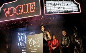 La asturiana Carlota Barrera gana 'Who´s on Next 2019', el mayor premio de la moda española