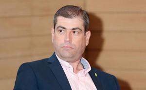 Elecciones municipales 26M: Vox denuncia el «boicot» que está sufriendo su cartelería en el Oriente