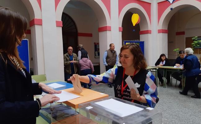 Elecciones municipales 26M: el PSOE pierde la mayoría en Navia y Foro vuelve a imponerse en Salas