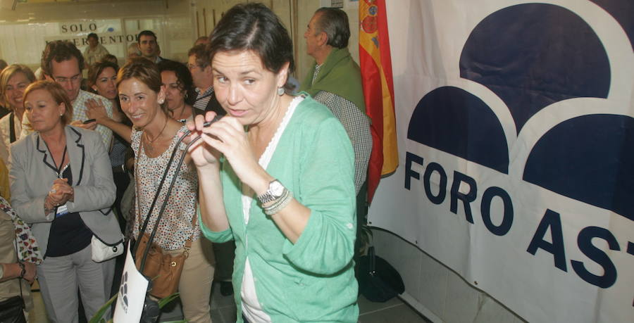 La trayectoria política de Carmen Moriyón, en imágenes