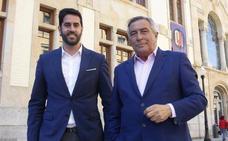 Álvaro Muñiz renunciará a su puesto de edil en Gijón para dar entrada a Rubén Hidalgo en el Ayuntamiento