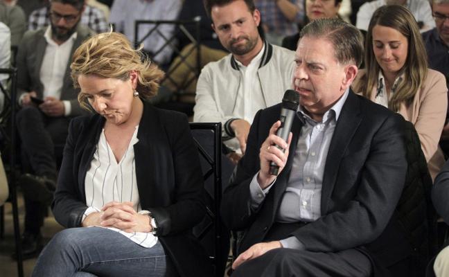 Un tenso comité del PP evidencia el abismo entre Fernández y Mallada