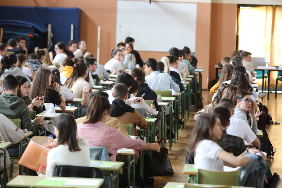 La EBAU 2019 pone a prueba a 4.000 alumnos asturianos