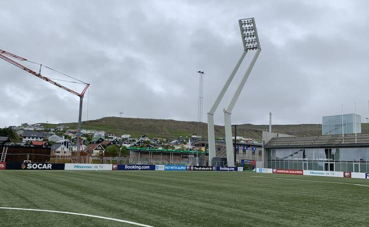 Así es Tórsvøllur, el estadio donde jugará España en Islas Feroe