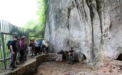 La cueva de El Conde, en Santo Adriano, podrá abrirse al público