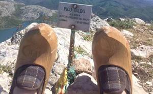 En madreñes por Picos de Europa