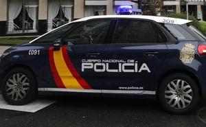 Detenido un camarero en Gijón que alegó que vendía hachís para completar su sueldo
