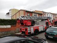 Sofocado un incendio en un depósito de gasóleo de un patio de edificios en Oviedo
