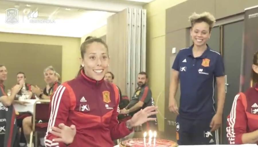 Lola Gallardo celebra su cumpleaños en pleno Mundial