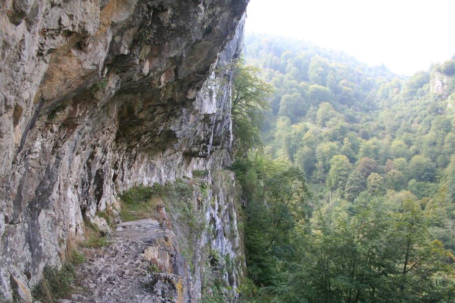 Las impresionantes imágenes que deja la montaña asturiana