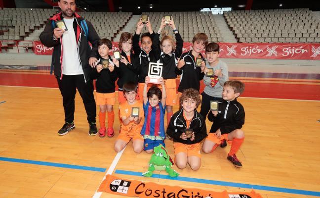 El Costa Gijón se corona en el escolar