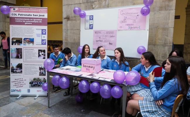 Cinco ambulancias que llevarán nombre de mujer en Asturias