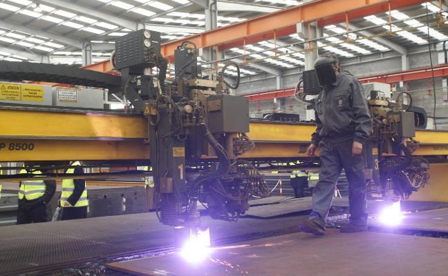 El metal recupera músculo en Asturias tras la crisis con más empleo y exportaciones