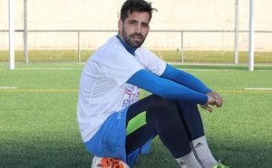 El Real Avilés renueva al guardameta Borja Piquero
