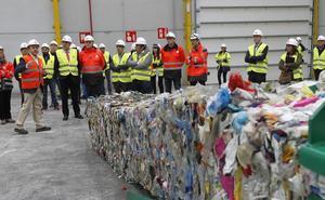 Cogersa pone en marcha la nueva planta de separación de envases ligeros