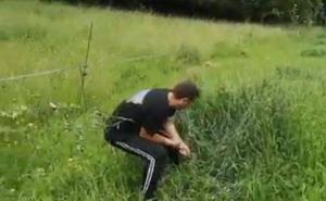 VÍDEO: indignación de un cosechero de Villaviciosa, obligado a pagar autónomos por pañar manzana