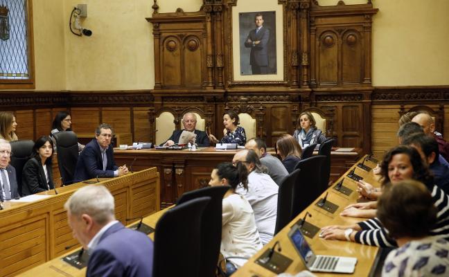 Moriyón prevé un traspaso «ordenado» a una alcaldesa «muy trabajadora»