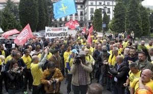 Trabajadores de Alcoa: «Vamos a ir a Madrid porque tenemos razón»
