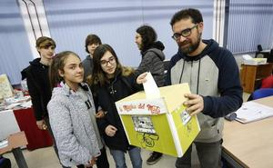 El IES Mata Jove de Gijón organiza un concurso semanal con la música que suena en los cambios de clase