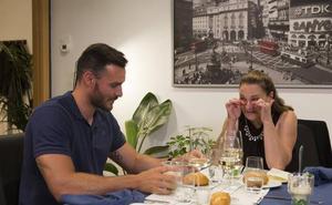 Así será la emotiva cena de Saúl Craviotto y su madre en 'Cena con mamá'
