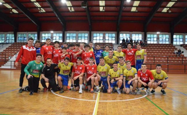 El Corvera Handball pone el punto y final a la temporada con una jornada de convivencia