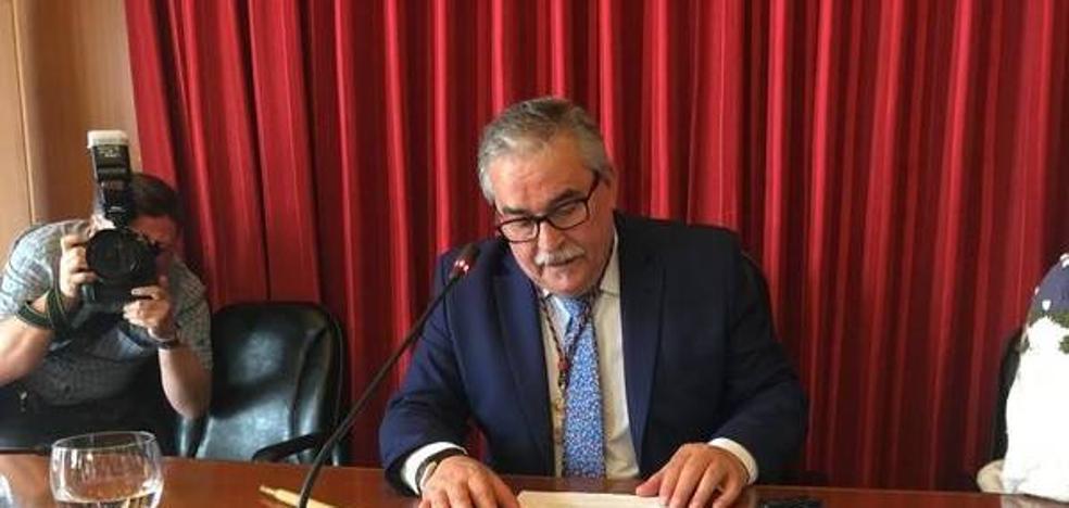 Aníbal Vázquez se compromete a impulsar el campus de Mieres tras ser reelegido alcalde