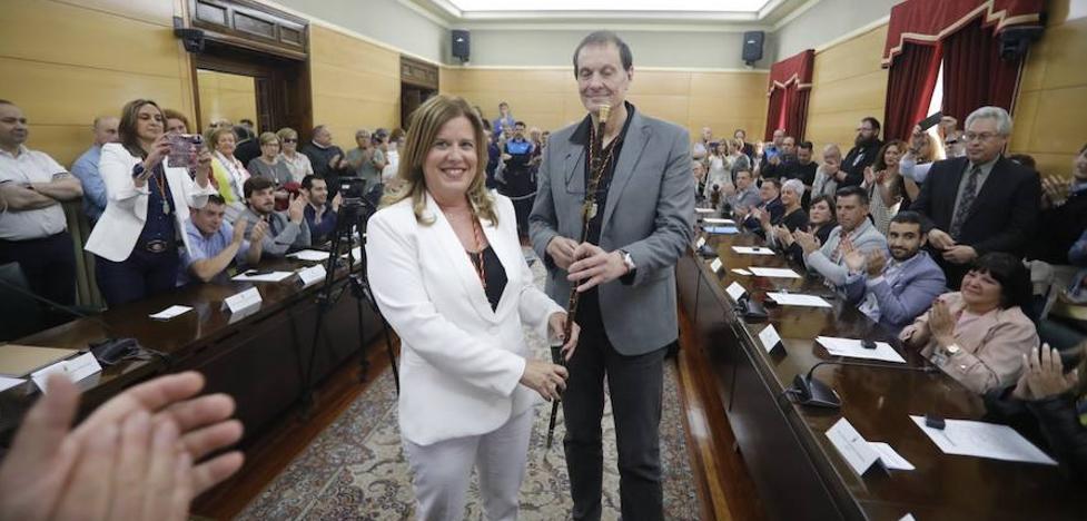 El PSOE recupera Langreo con la investidura de Carmen Arbesú