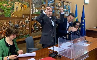El apoyo de IU permite al PSOE mantener la Alcaldía de Navia