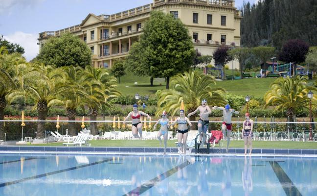Abren las piscinas del Centro Asturiano