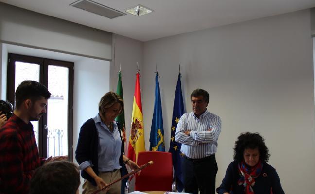 La abstención de última hora del PP permite al PSOE revalidar gobierno en Colunga