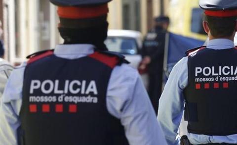 Degollada una niña de 13 años en Barcelona