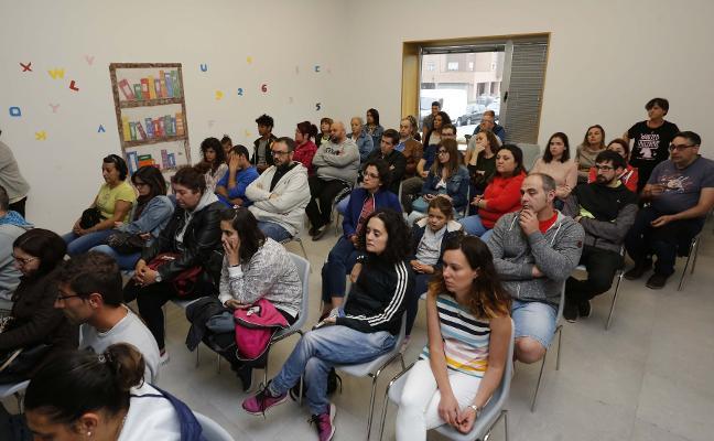 Los vecinos de Nuevo Roces anuncian movilizaciones contra la edificación de torres