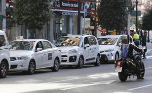 Ingresan en prisión los tres jóvenes que agredieron a un taxista en Gijón