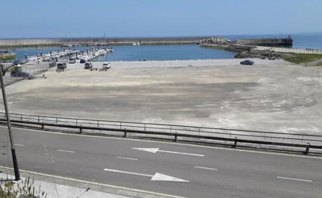 Gozón volverá a cobrar por estacionar en el puerto de Luanco y en Bañugues