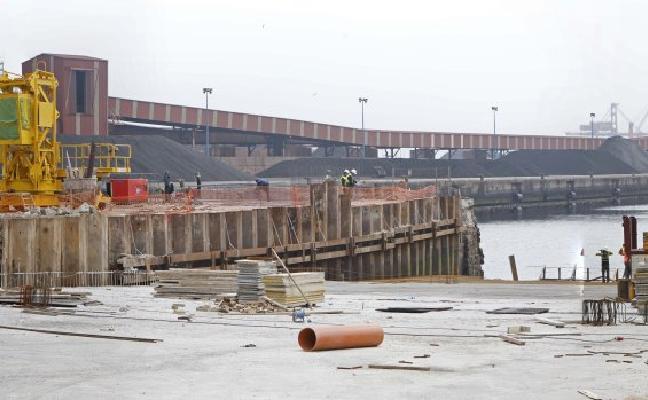 La planta de desguace de El Musel reciclará hasta el 98% de los barcos