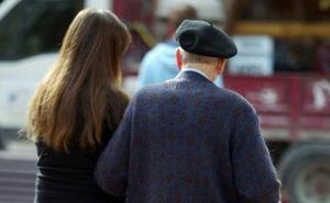 Las defunciones doblan a los nacimientos en Asturias, que se desploman