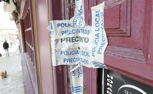 Un año y cuatro meses de cárcel por la música alta de su bar en Sabugo